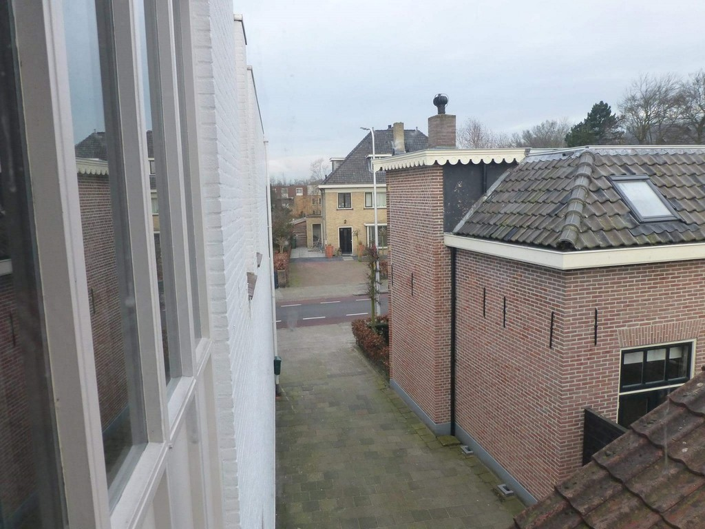 2-rooms-great-apartment-warmond-near-leiden-d13bde6f2127acc6dbc2e8c8950c2bf6