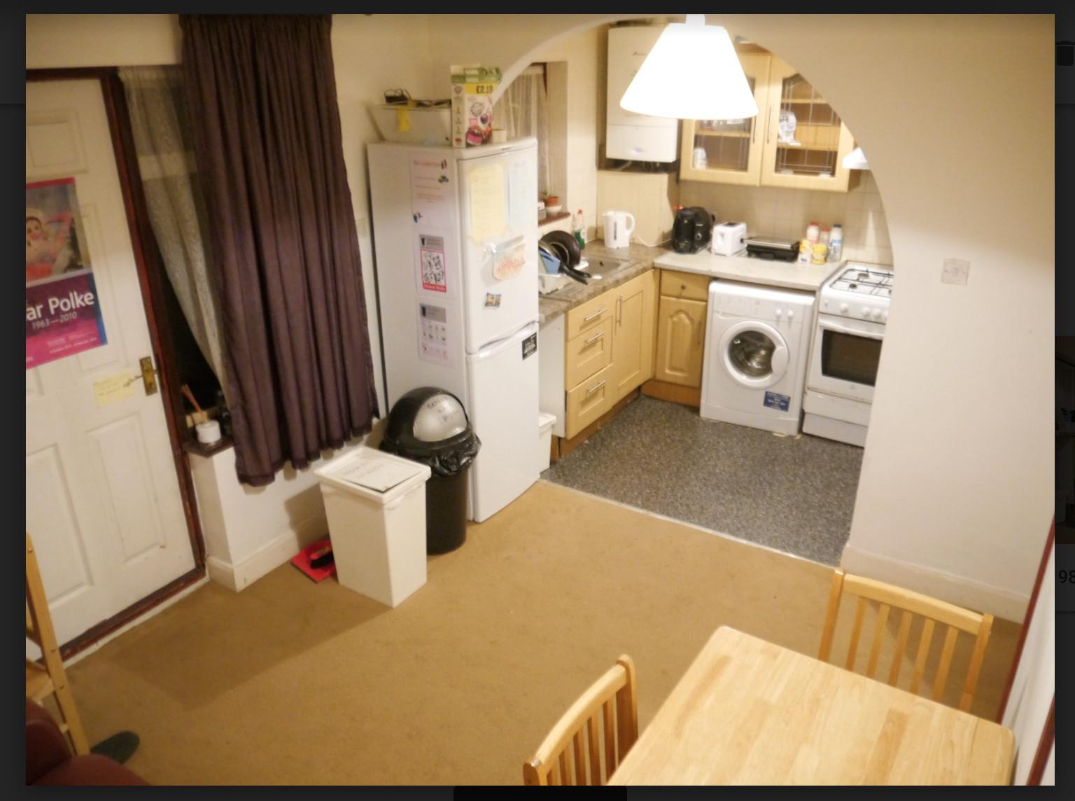 2-single-rooms-house-106b2b93d8774e92dae