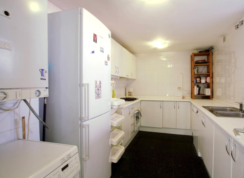 200m beach, single room, mattress 90X190, shared bathroom, well ...