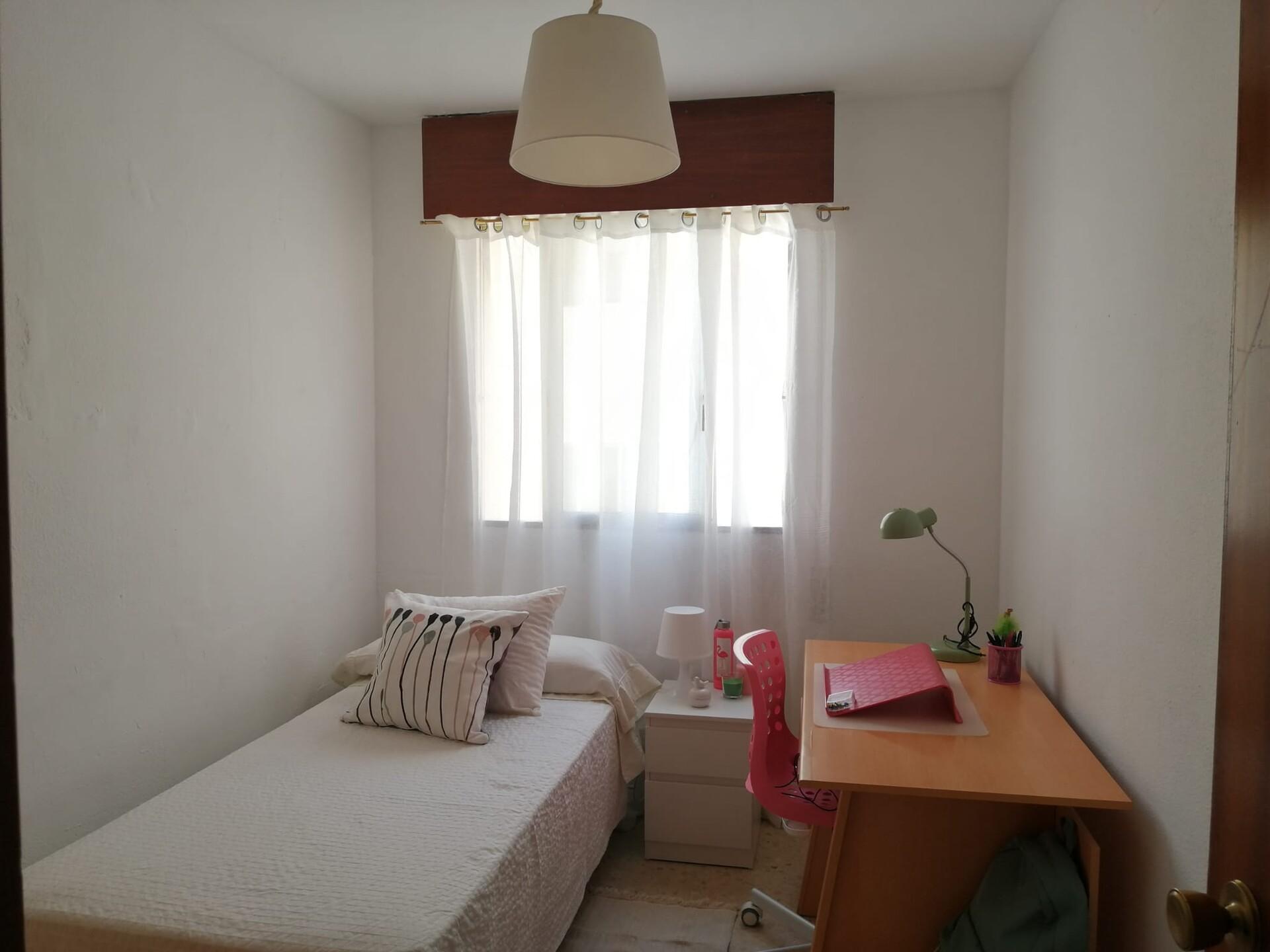 Se alquila habitación en Sevilla, enero-julio curs