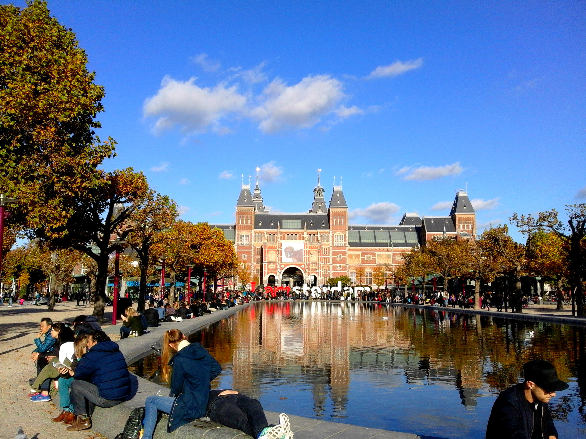 22-wonders-amsterdam-620ff6eb4d66a48f471