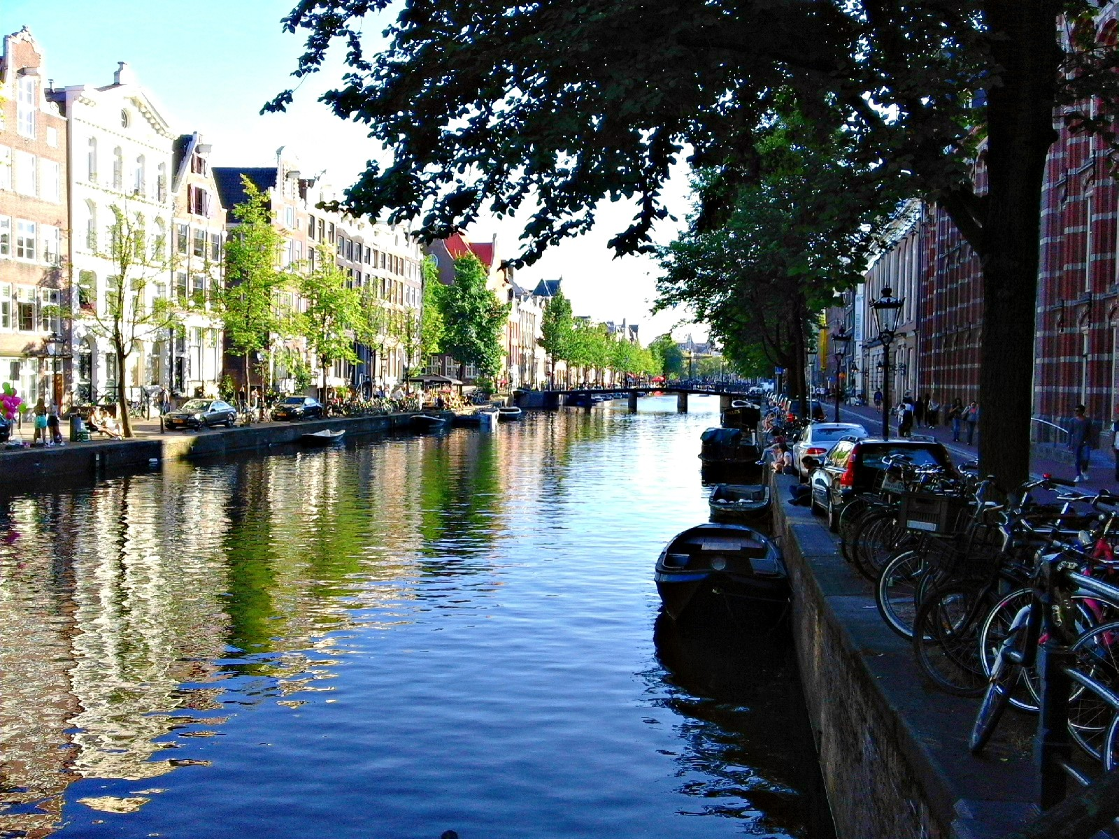 22-wonders-amsterdam-925fd94d3dadb0d42c3