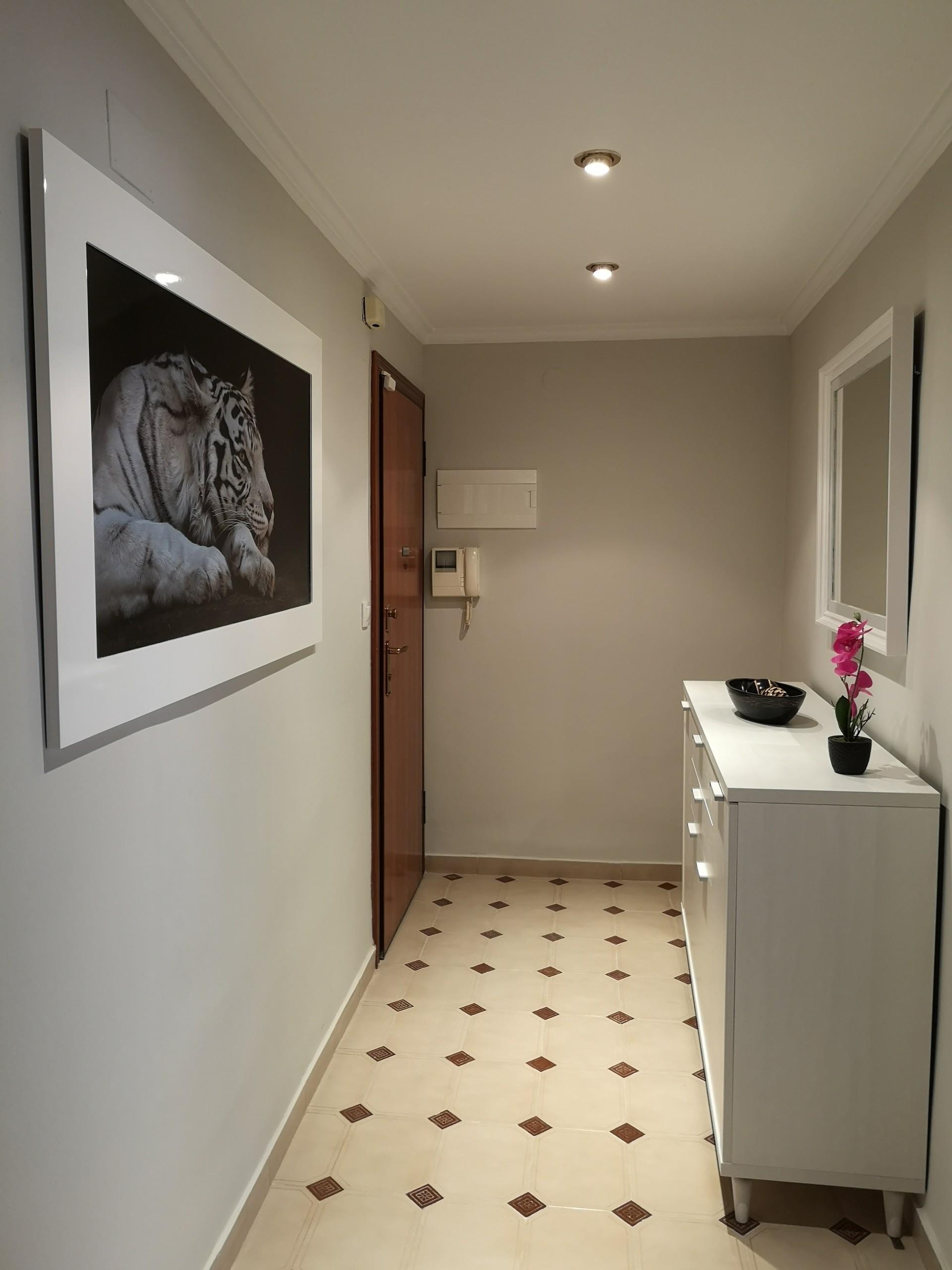 Habitación en piso de diseño de Castellón, con WIF