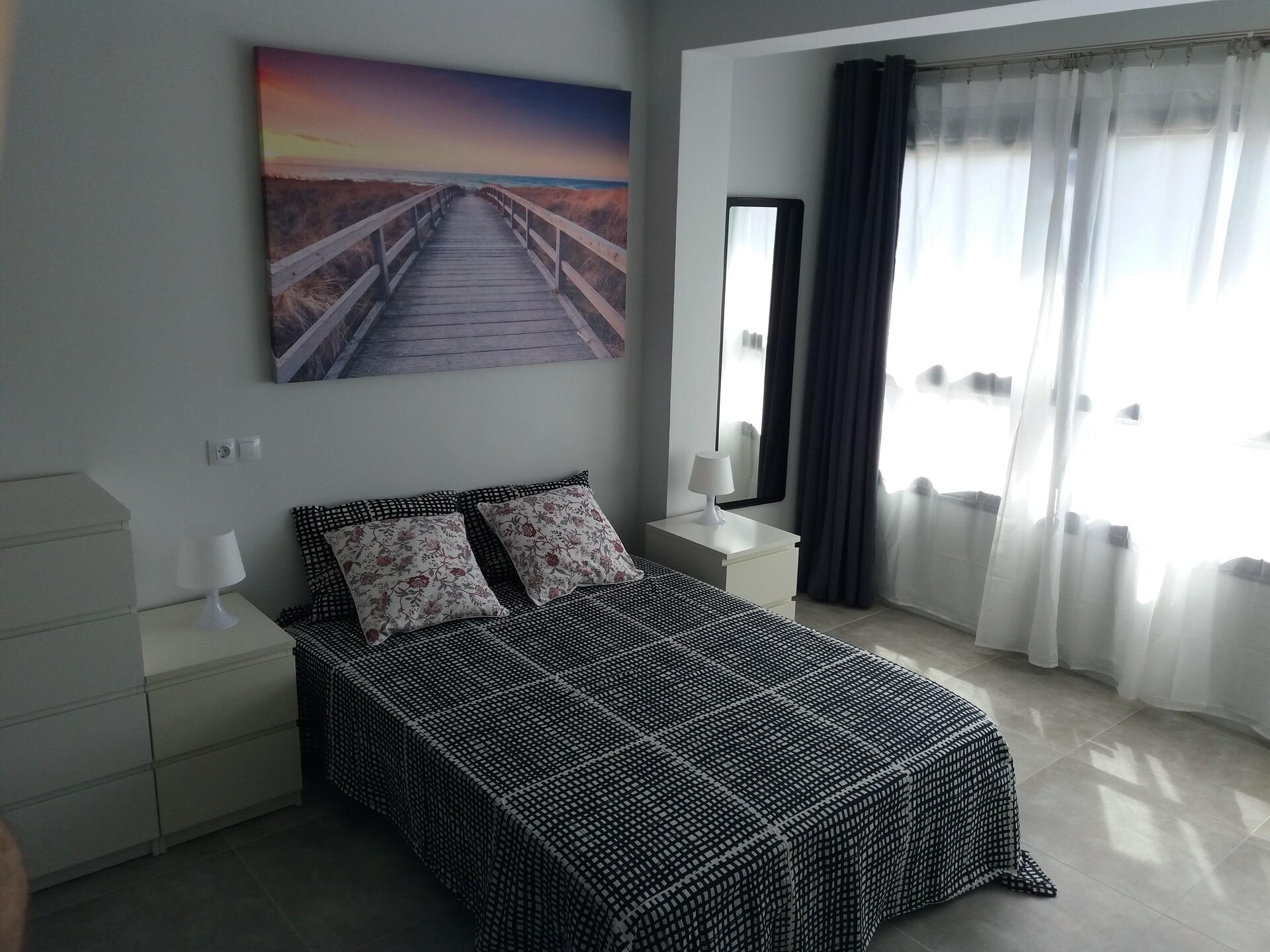 Gran habitación muy luminosa en el centro de Palma