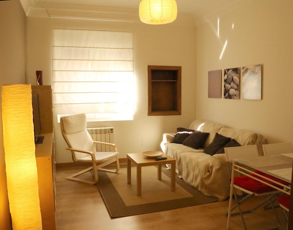 3 habitaciones en piso a estrenar a 5 min del centro for Piso 5 habitaciones