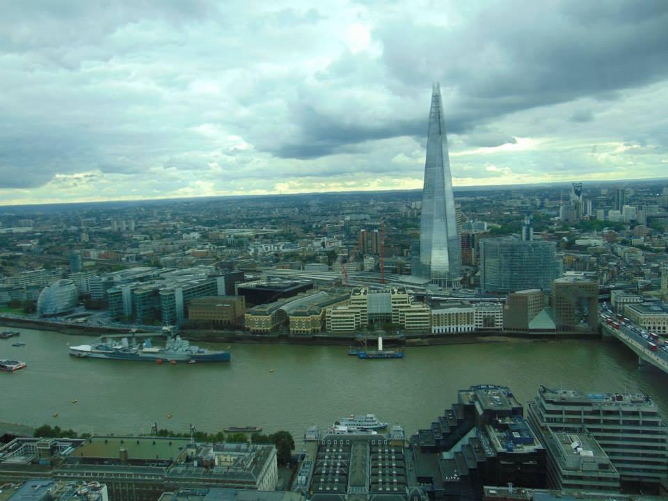 300-m-london-095bedade9e95b676fe5ba724c5