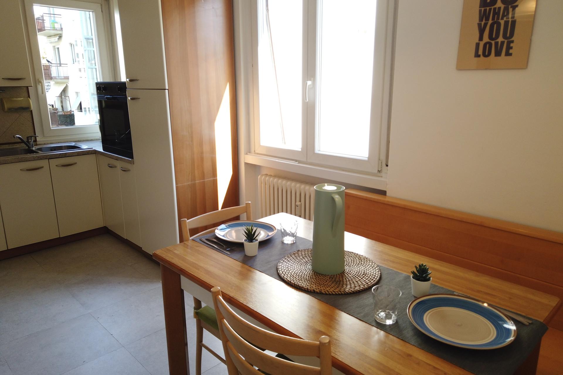 Cucina 4 X 4 appart spacieux et lumineux de 3 chambres qui convient aux