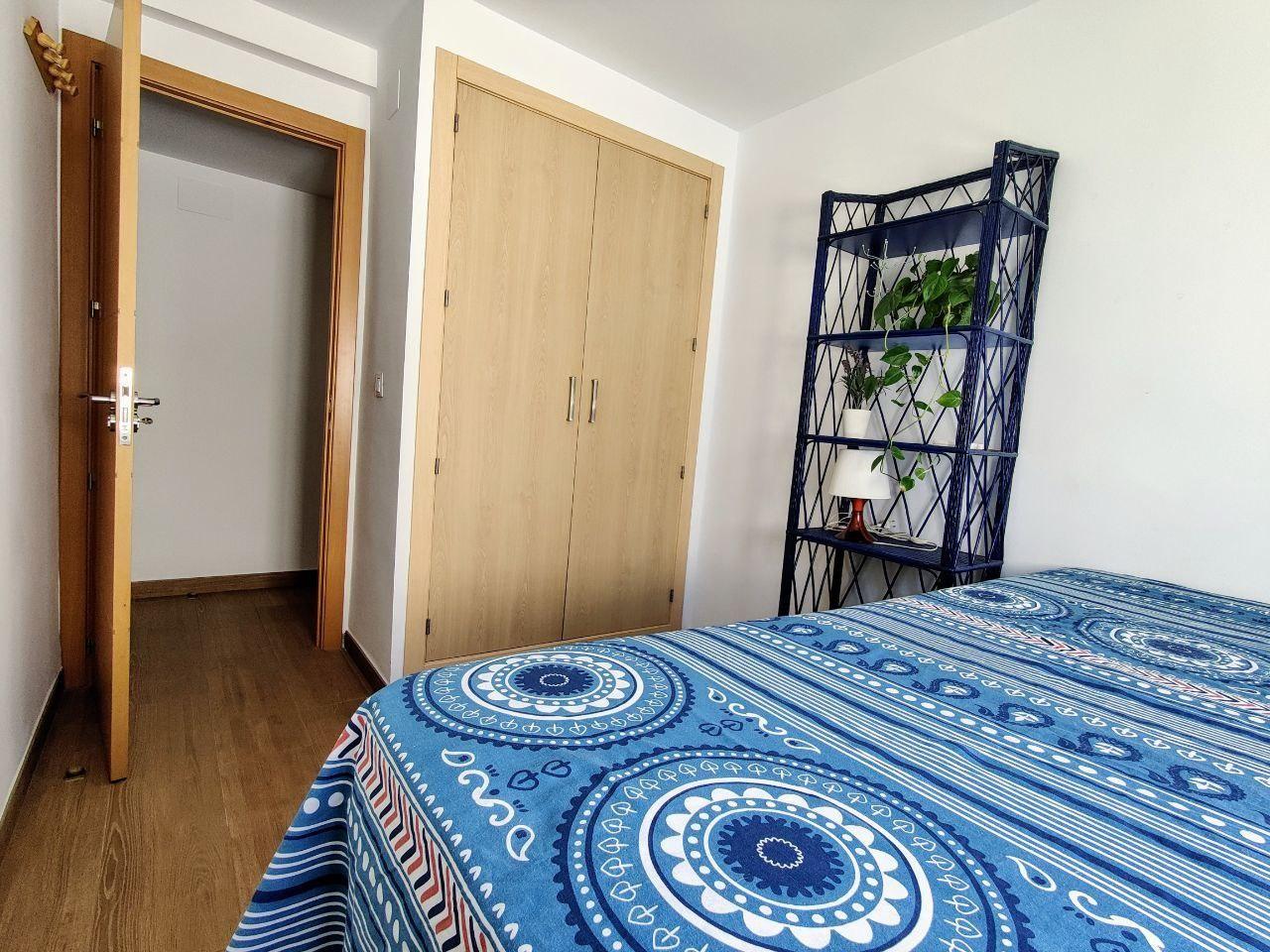 Preciosa habitación con cama doble en piso reforma
