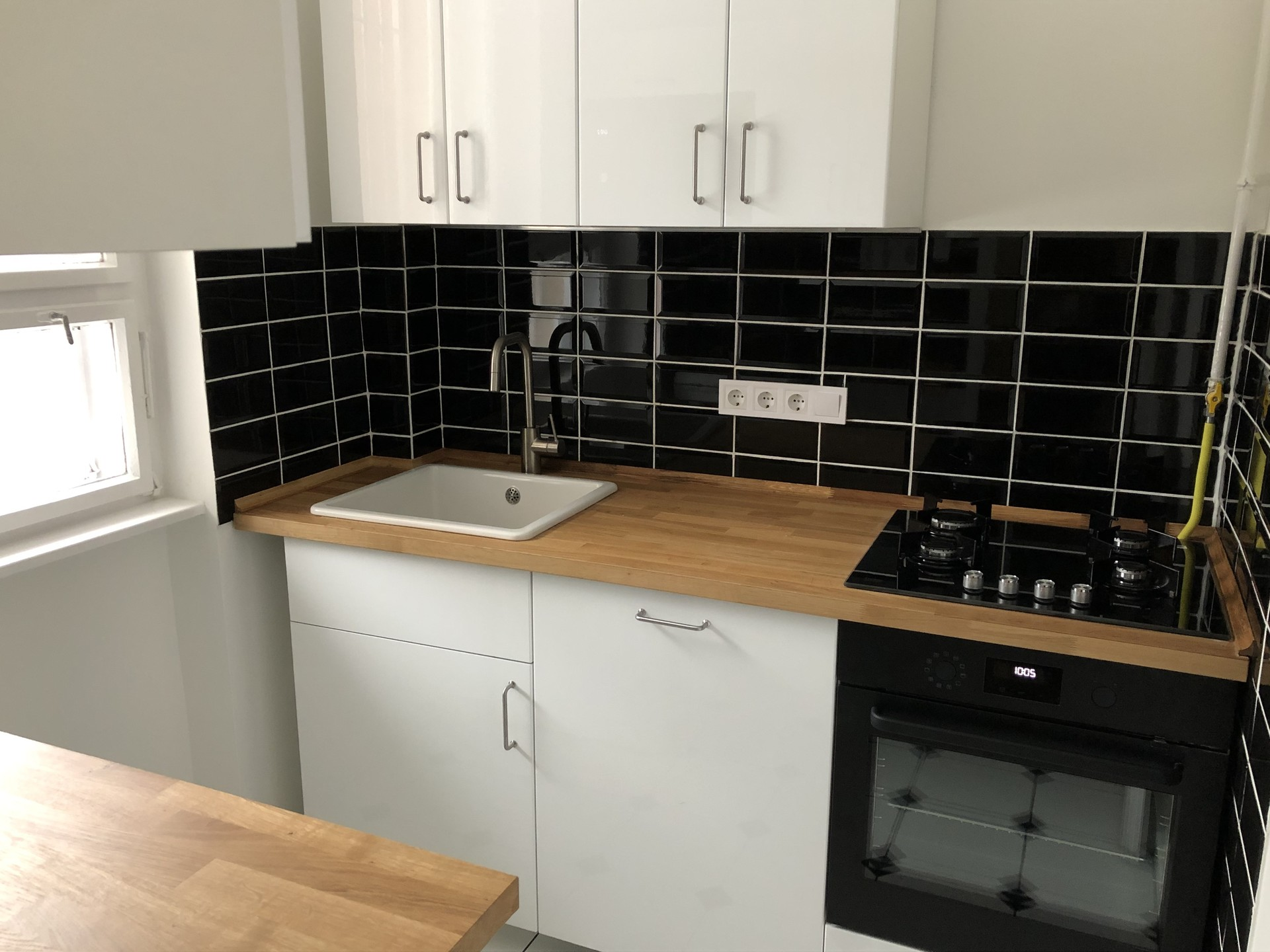 Modern Apartment In The Heart Of Budapest 1 5 Rooms Kitchen Bathroom Flat Rent Budapest
