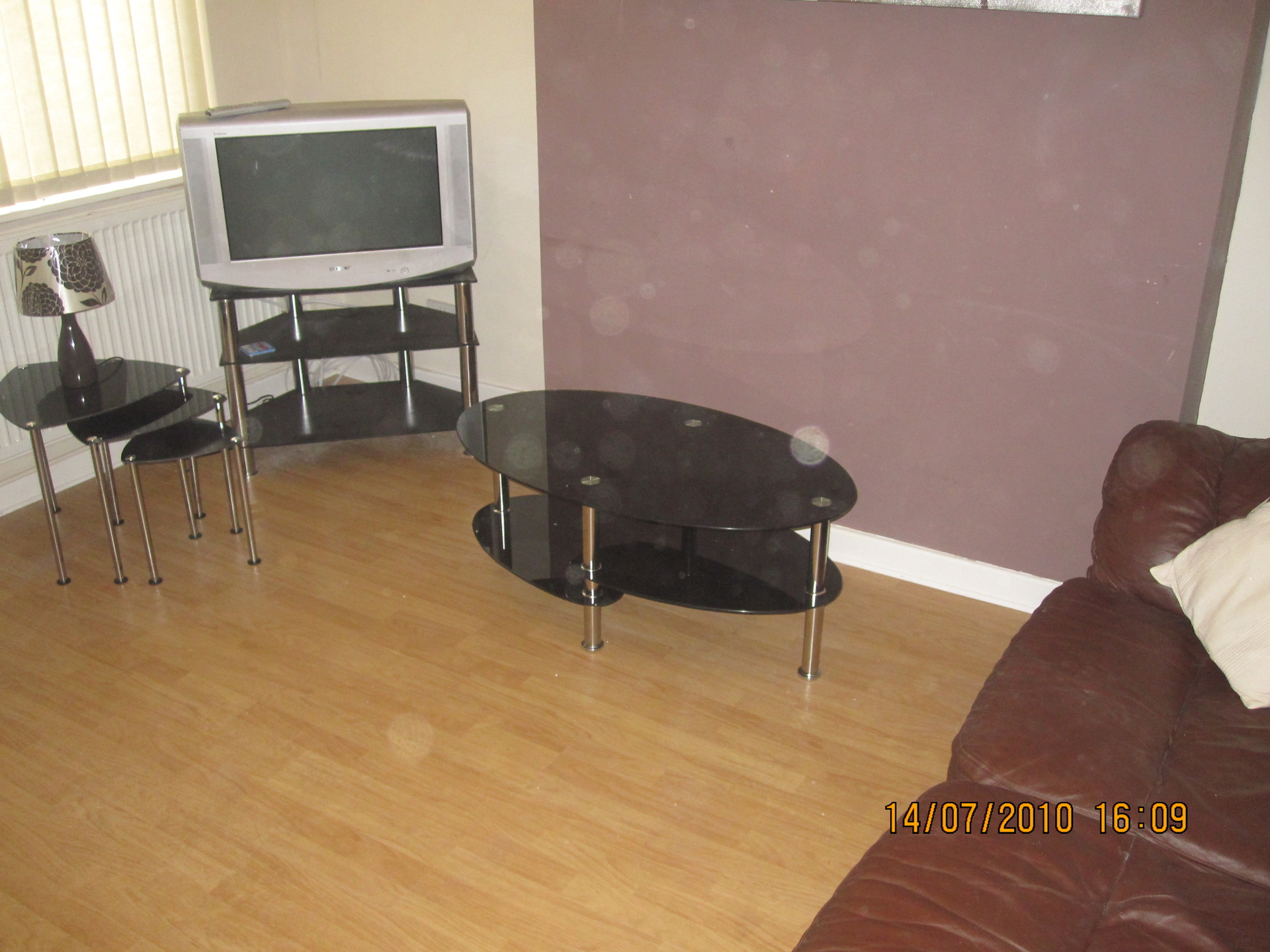 4 large bedrooms available in house close to university