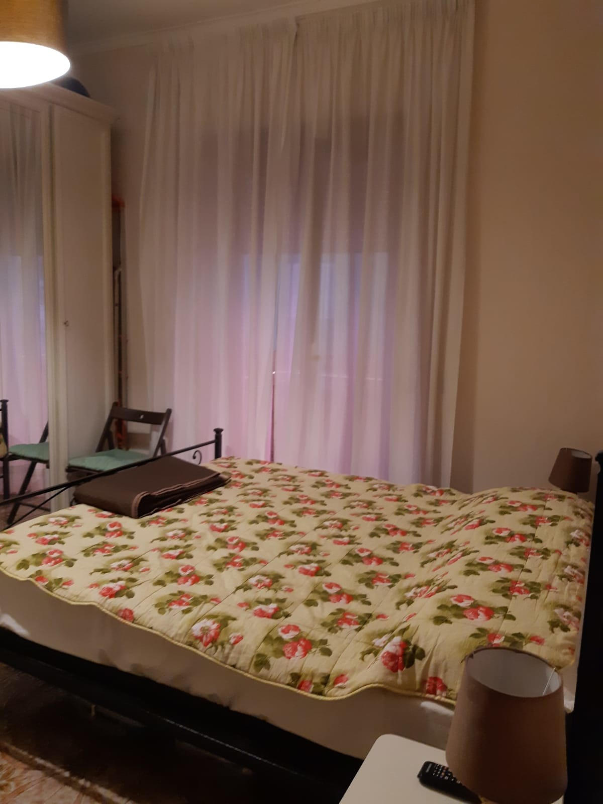 Bedroom With Balcony Close To Metro And Bus Stop Room For Rent Naples