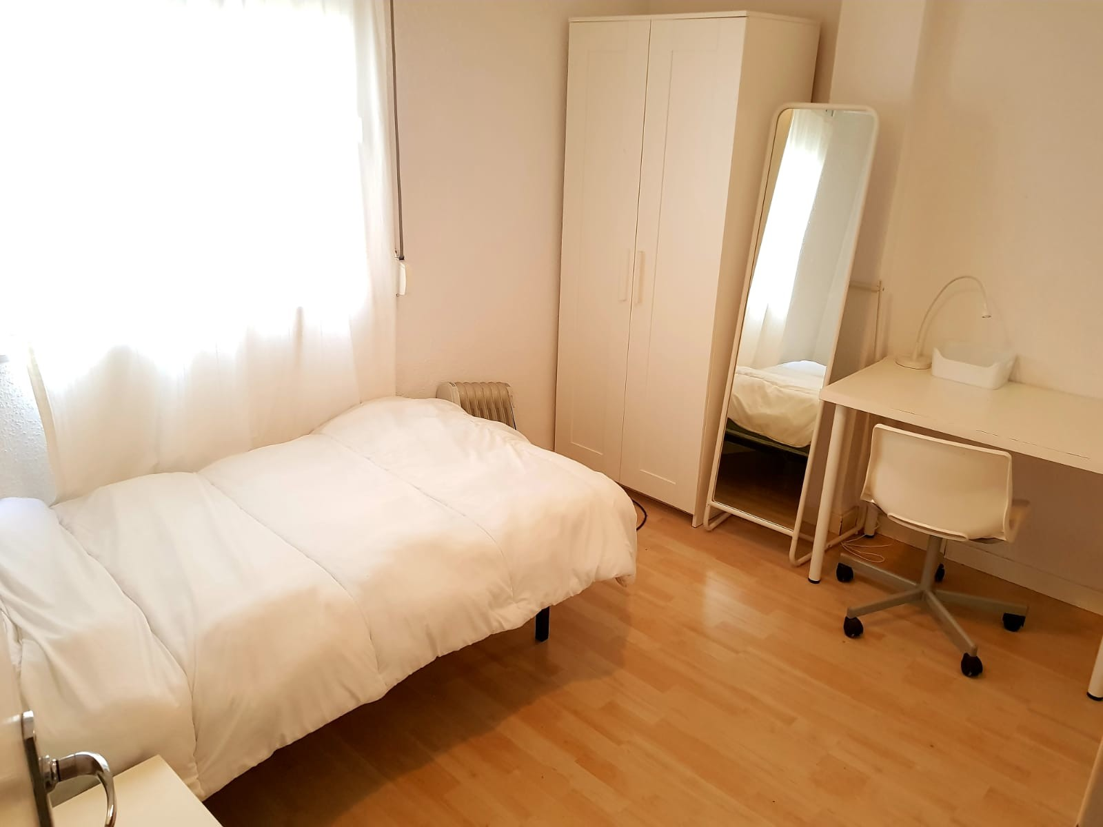 Excellent single room for students in Triana, Sevi
