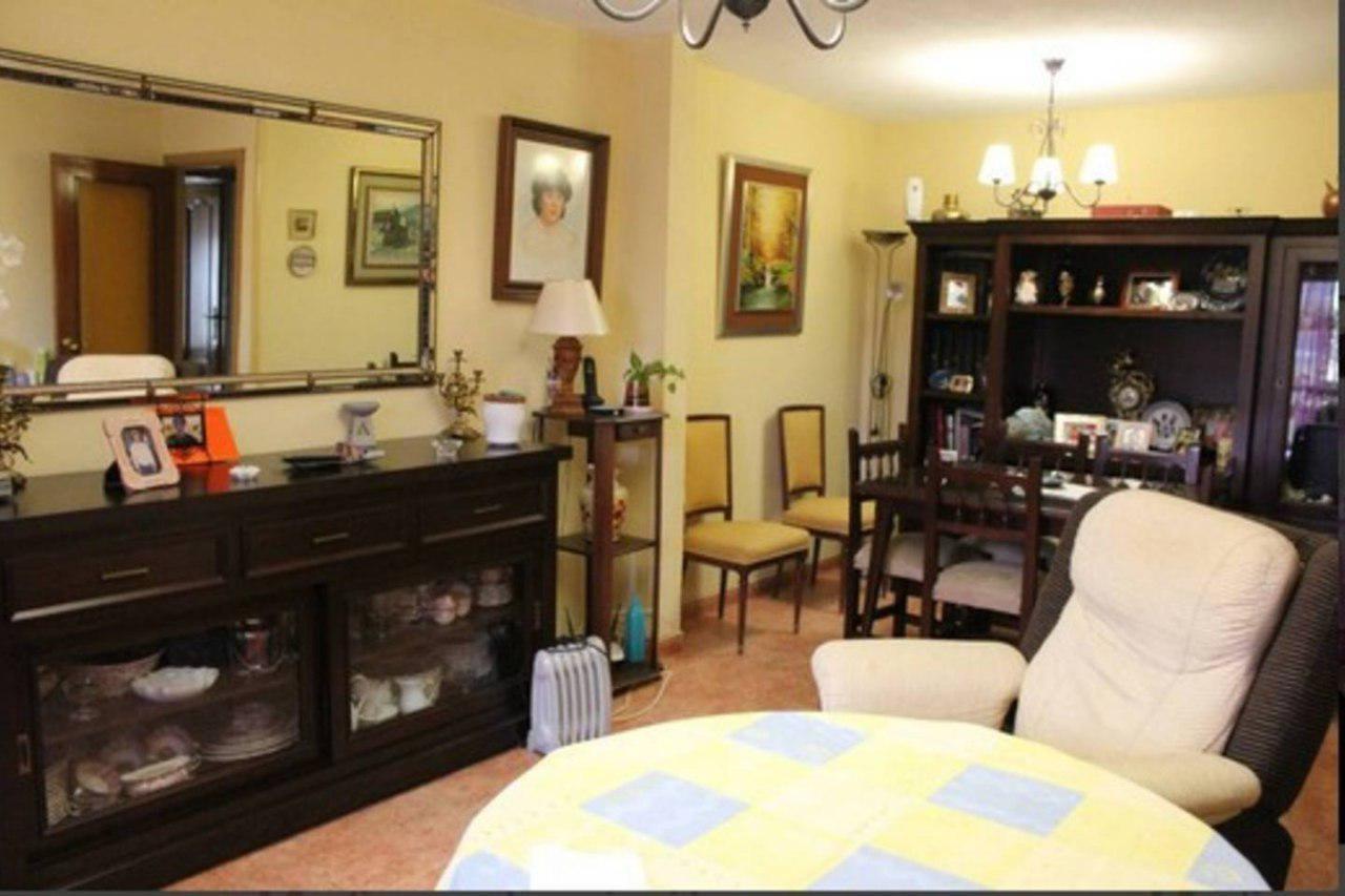 Camera in affitto in un appartamento per studenti ...
