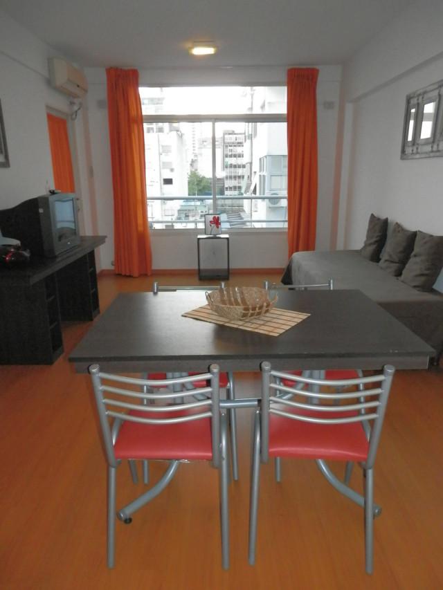 75 apartamentos amoblados para estudiantes alquiler for Apartamentos chicos