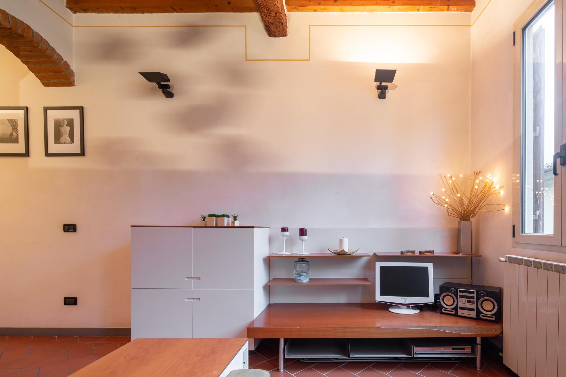 Camere Da Letto Firenze.Santa Monaca Appartamento Con Due Camere Da Letto A Firenze Flat