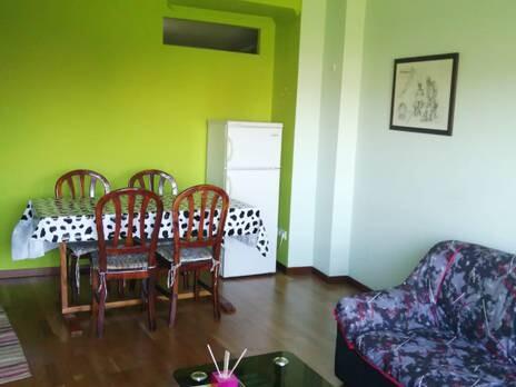 piso de 2 habitaciones amplio