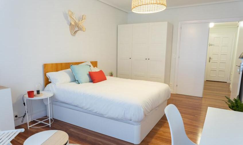 Habitación amplia y luminosa - Se puede alquilar c