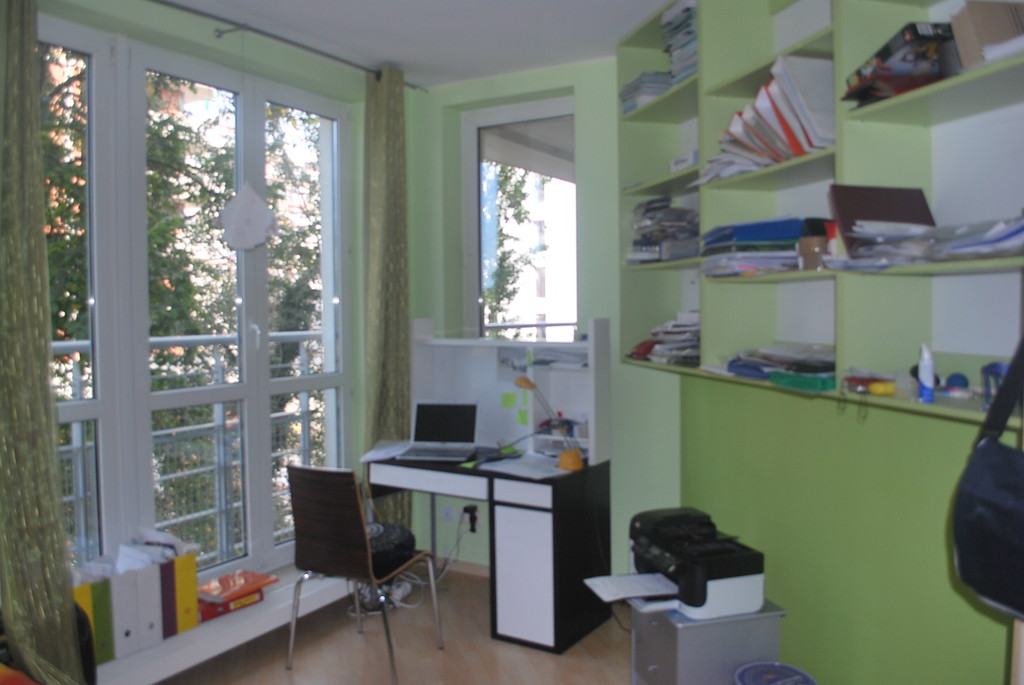 90 Sq Meters 3 Bedroom Furnished Apartment In Warsaw