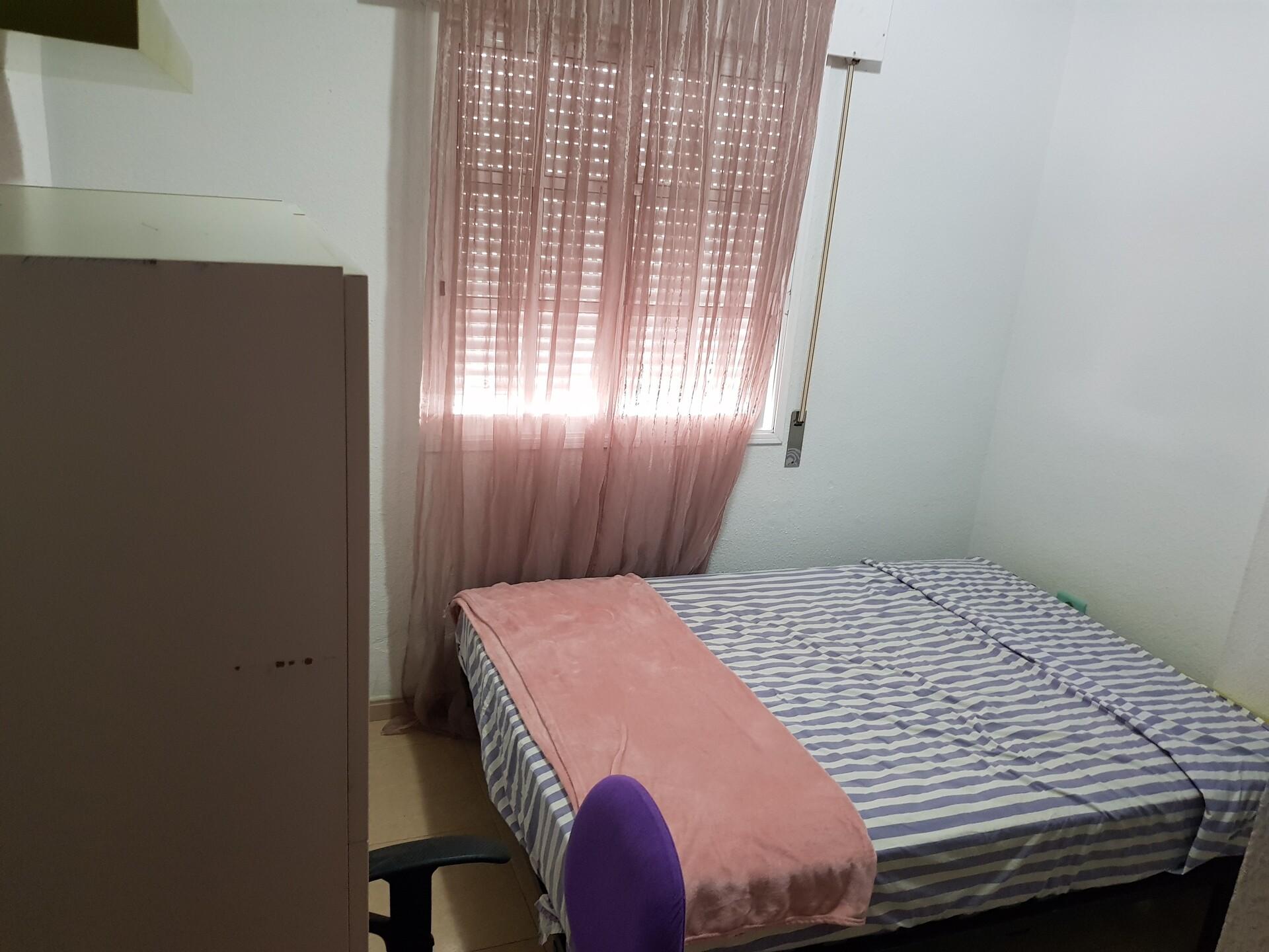 alquilo 1 habitación doble compartido