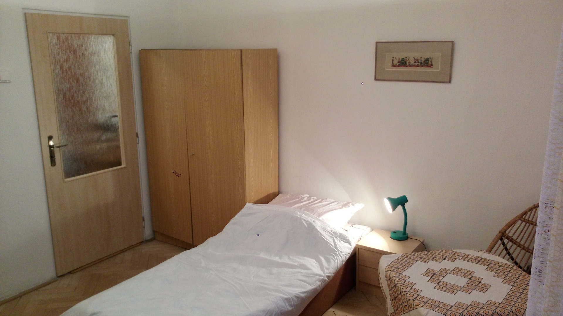 a-cozy-room-rooms-flat-center-new-town-bratislava-59ca923eaf65ce08d8745645c0f37b68