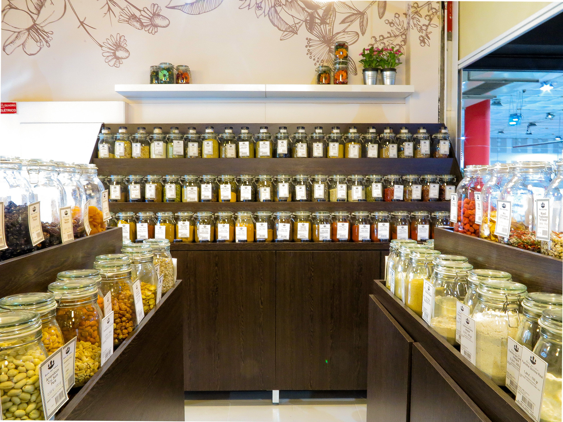 a-place-spice-up-your-food-get-some-tea-