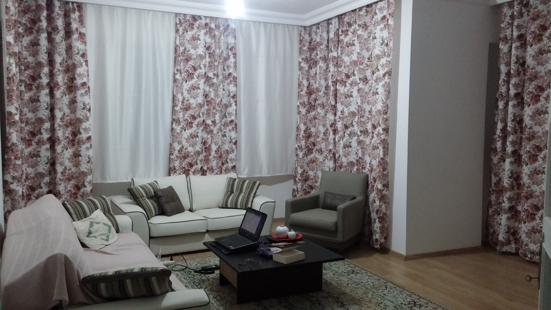 a-room-rent-close-uni-4feac22f7740e47f13888144e2b84fb6