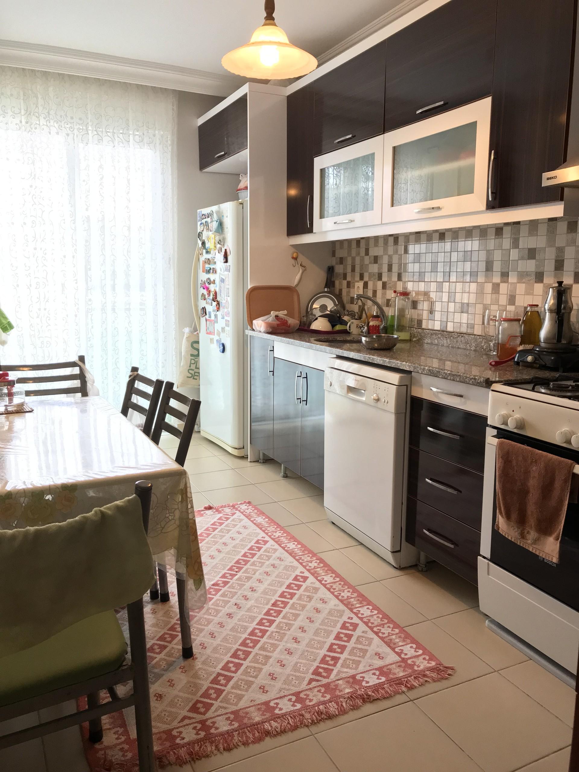 a-single-furnished-room-center-near-university-040df85767062ea11753f2b885f9110d