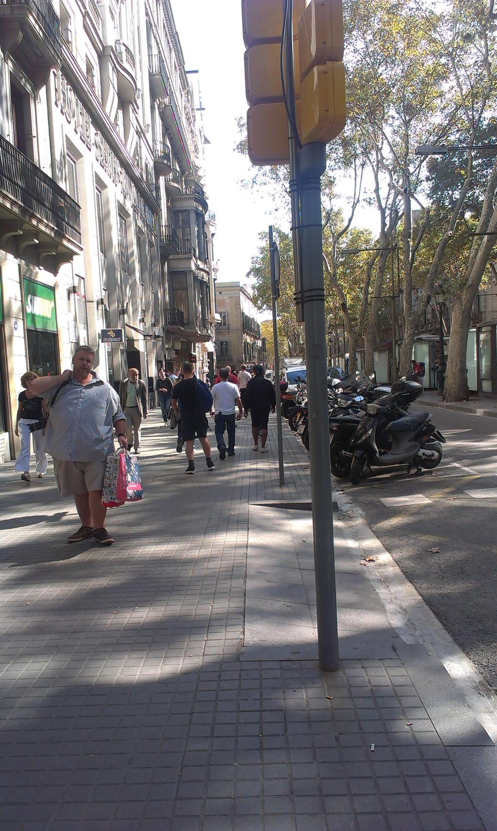 a-street-barcelona-1dbe40faaa03fe37c8b13