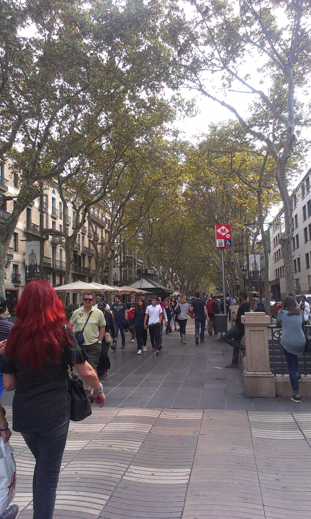 a-street-barcelona-96323707e1d2329b7f15b
