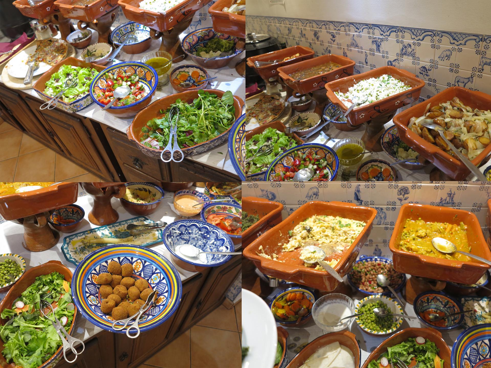 a-vegan-restaurant-everyone-2c12a9f6a86e