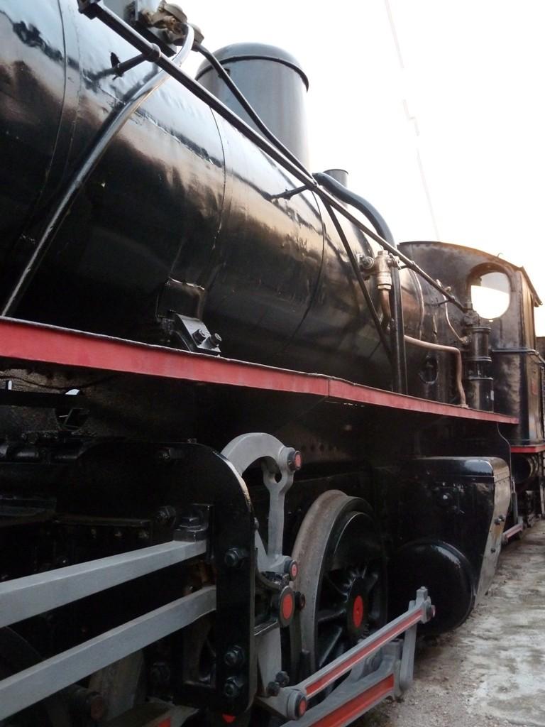 a-world-trains-1b7834001f975179063f65a3e