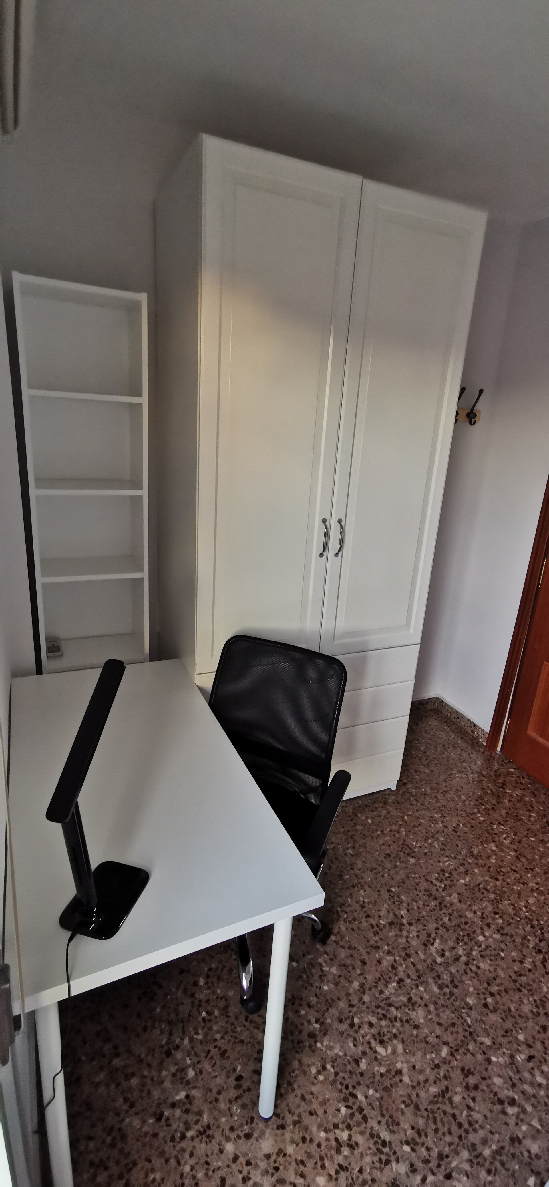 Rent room in a flat perfect for students