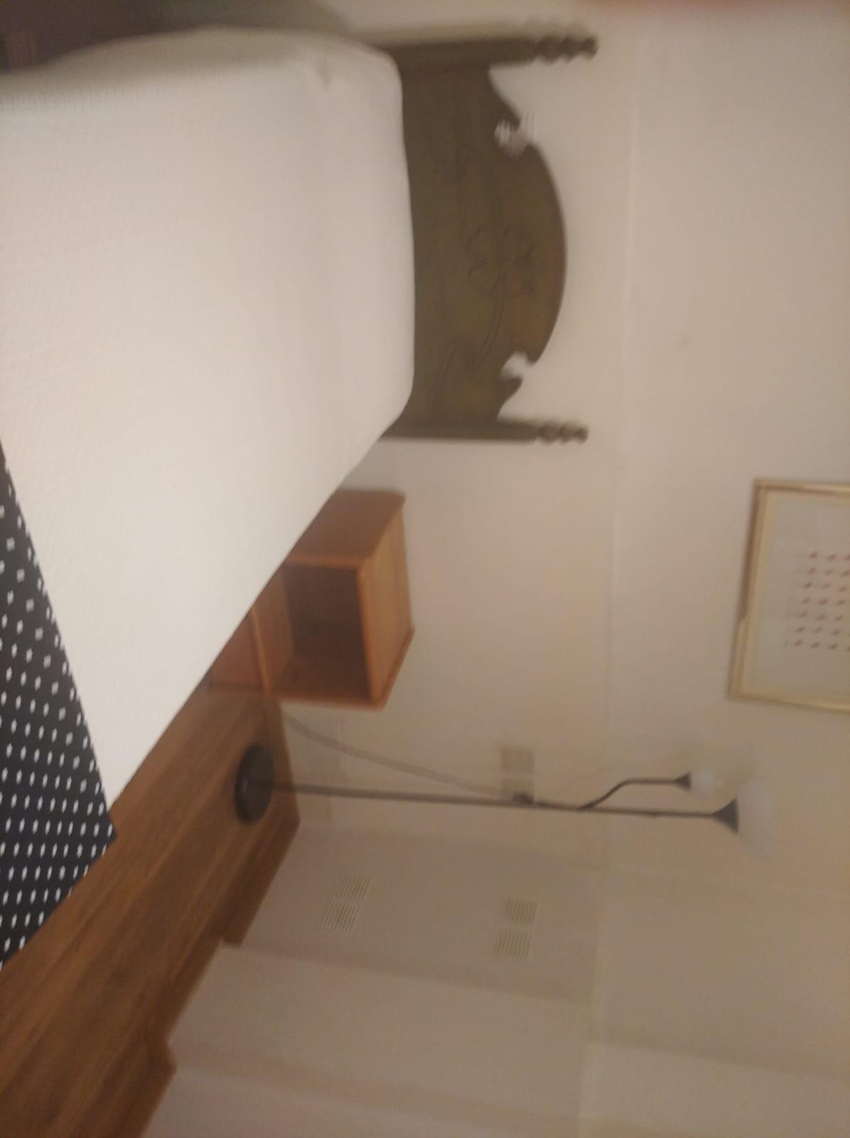 habitación amplia y tranquila con todas las comodi
