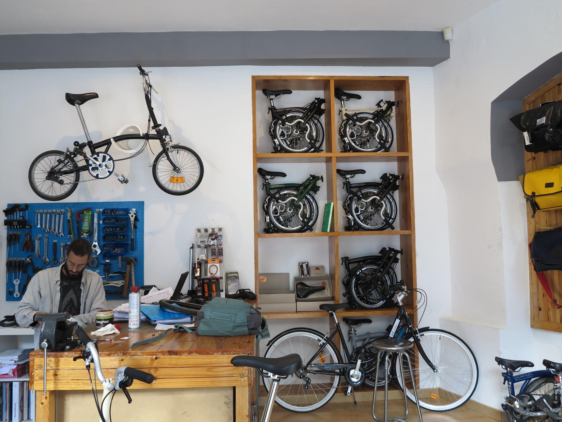 acquiring-bike-intendente-5bdb436ec1c84b
