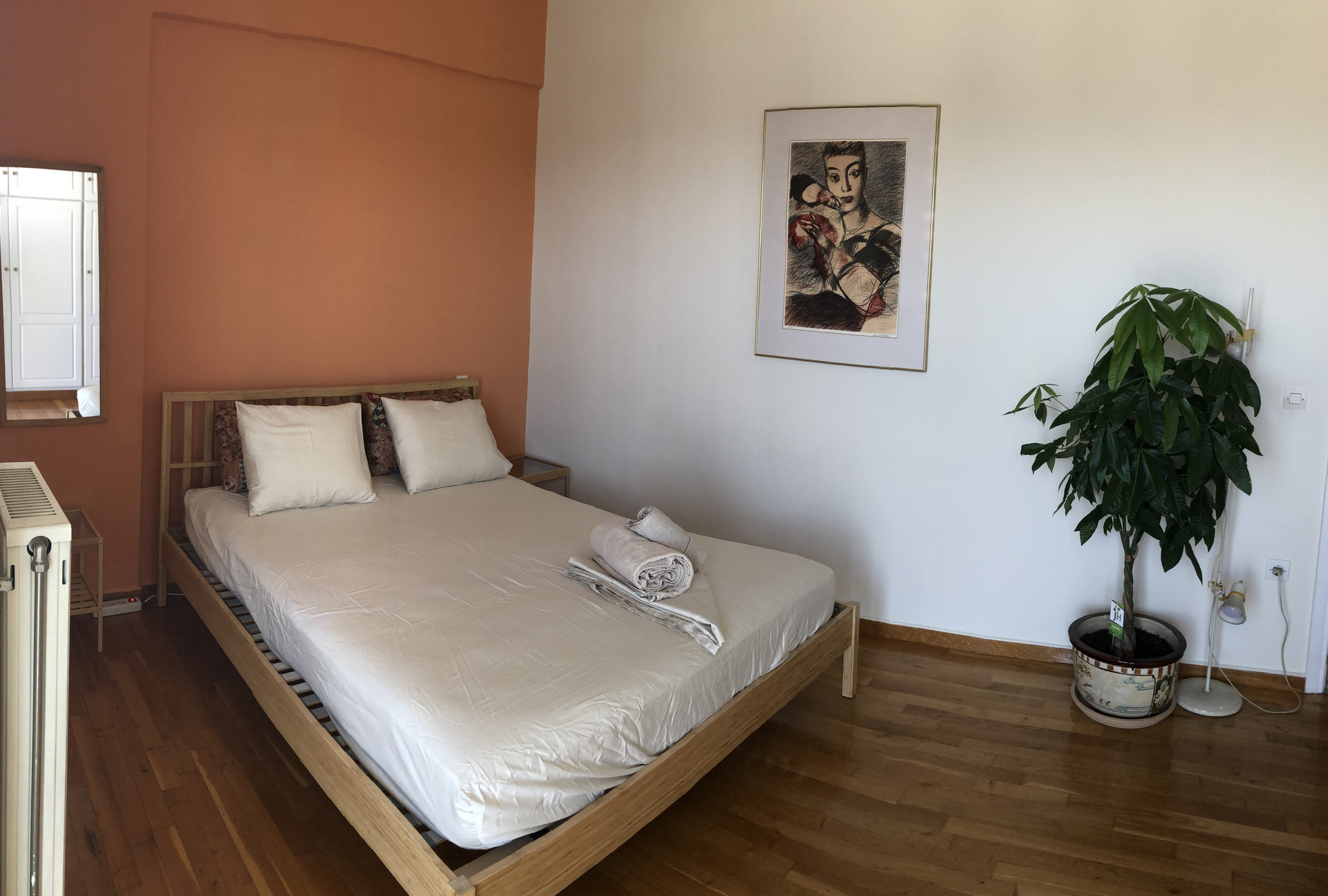 Acropolis And City View Room In Semi Lux Apartment Near The Riviera