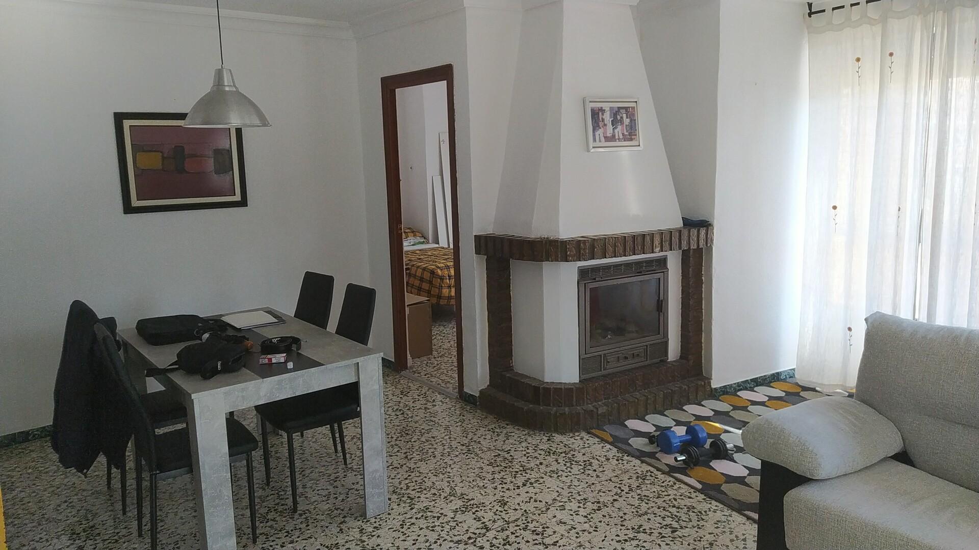 Habitación en piso compartido grande y luminoso