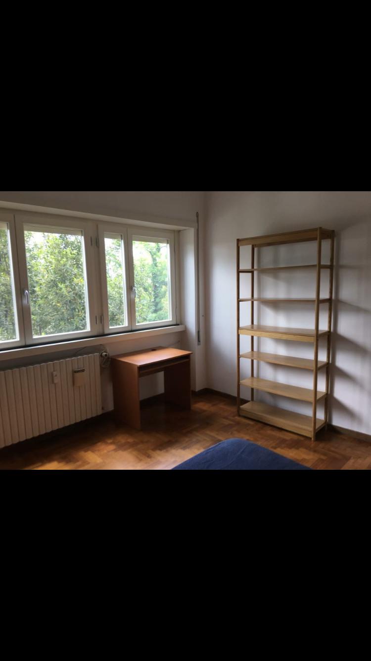 Affittasi 2 stanze doppie uso singolo con bagno privato in appartamento molto grande e molto - Stanza con bagno privato roma ...