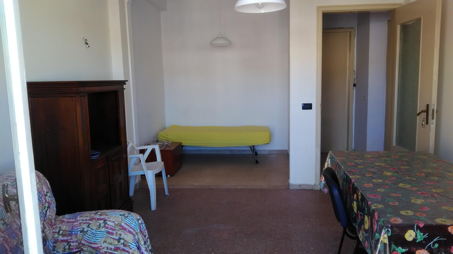 Affitto 2 stanze arredate centro storico