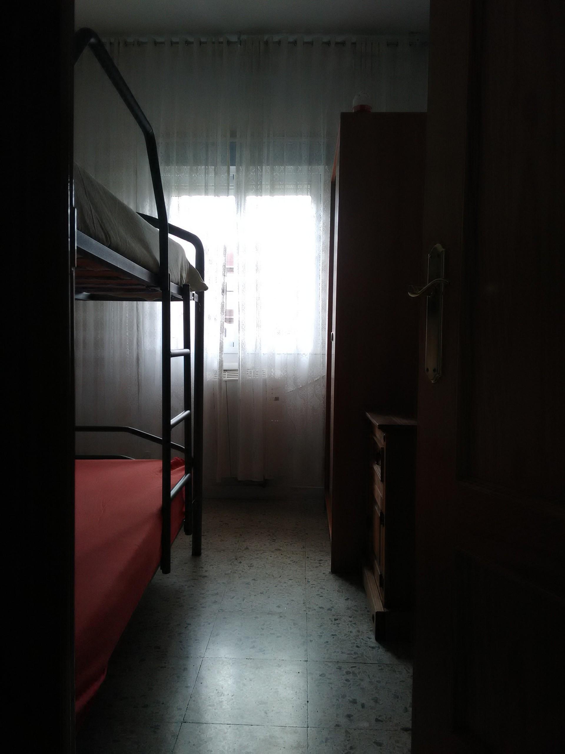 Luminosa habitaci n en madrid alquiler habitaciones madrid - Alquiler de habitacion en getafe ...