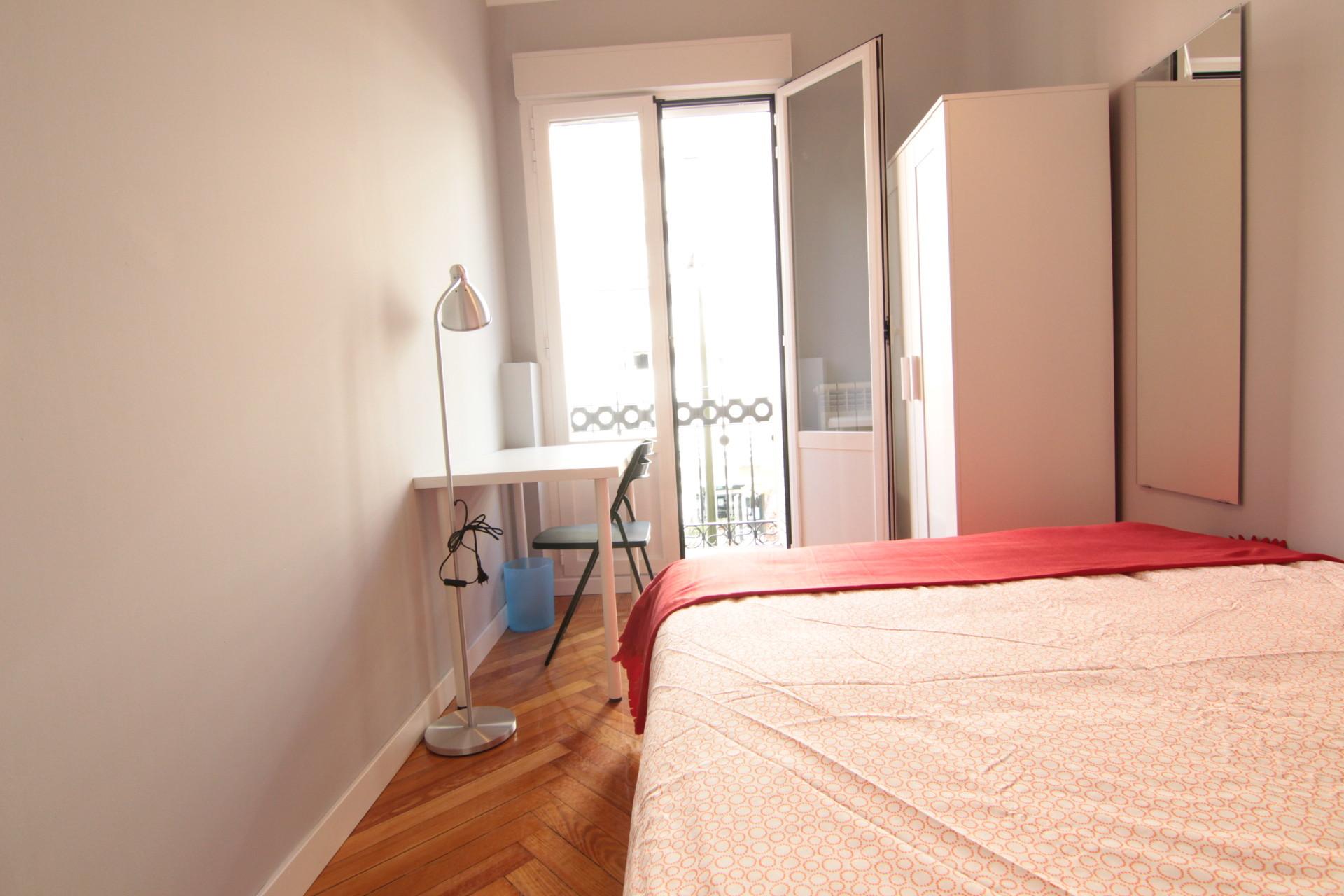 alquiler-habitacion-calle-goya-5f52bb2dc0723233b02daba875983080
