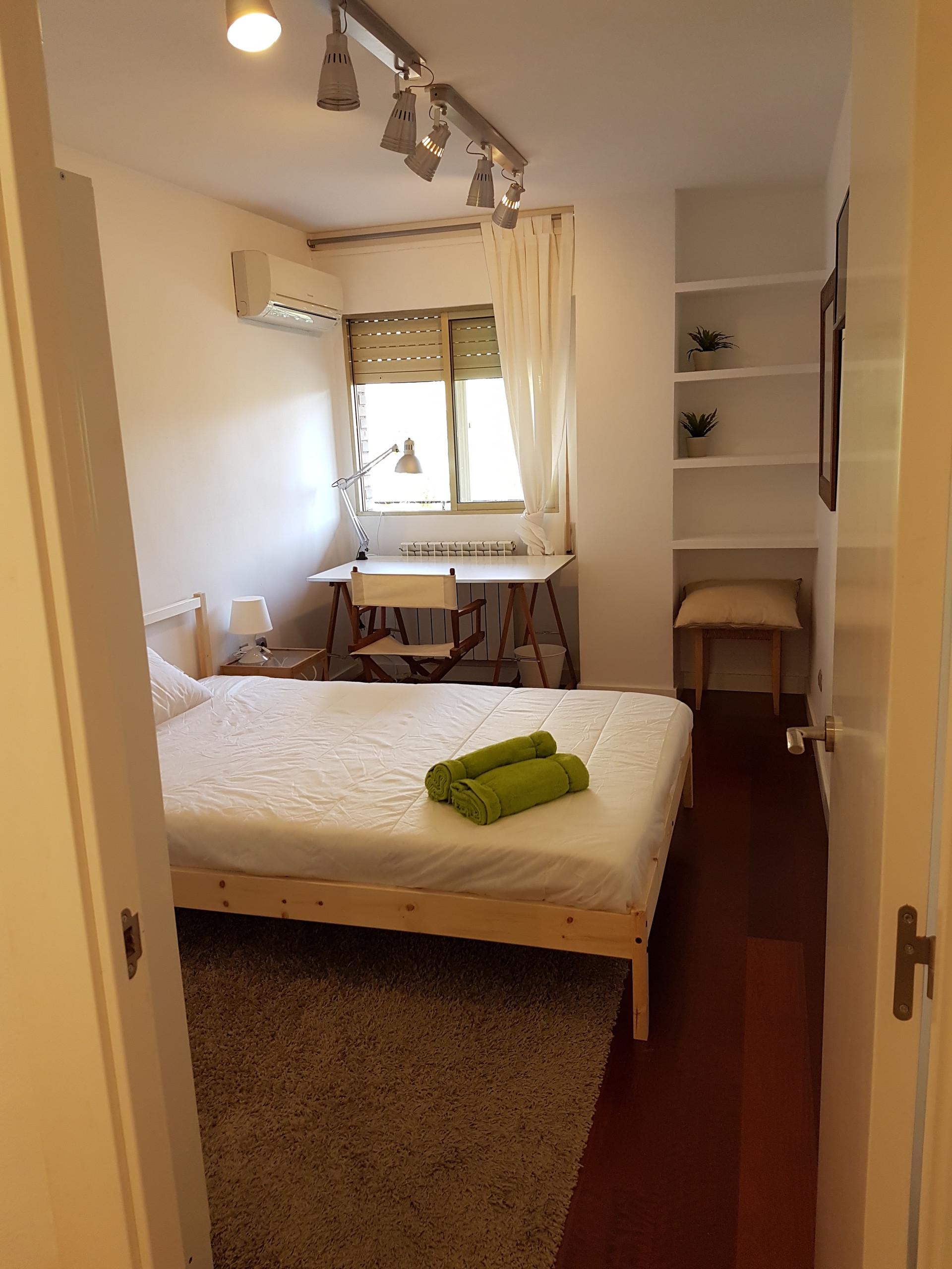 Alquiler habitaci n doble uso individual o doble en for Habitacion zaragoza alquiler