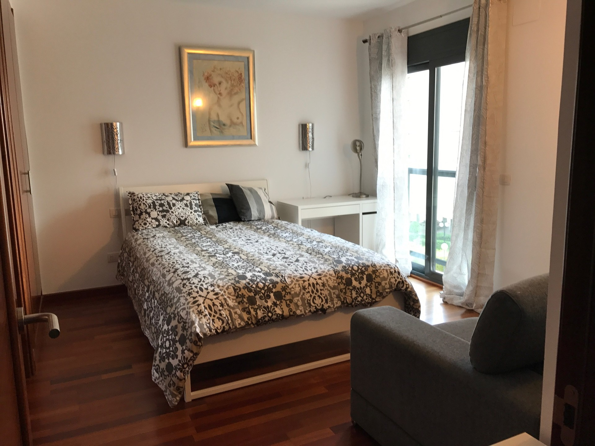 Alquilo habitacion con ba o privado en complejo for Piscinas de jardin