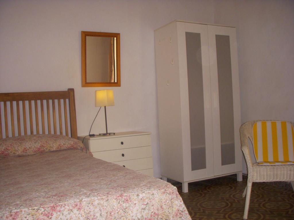 Alquilo habitaciones en el centro de sevilla alquiler for Apartamentos para alquilar en sevilla