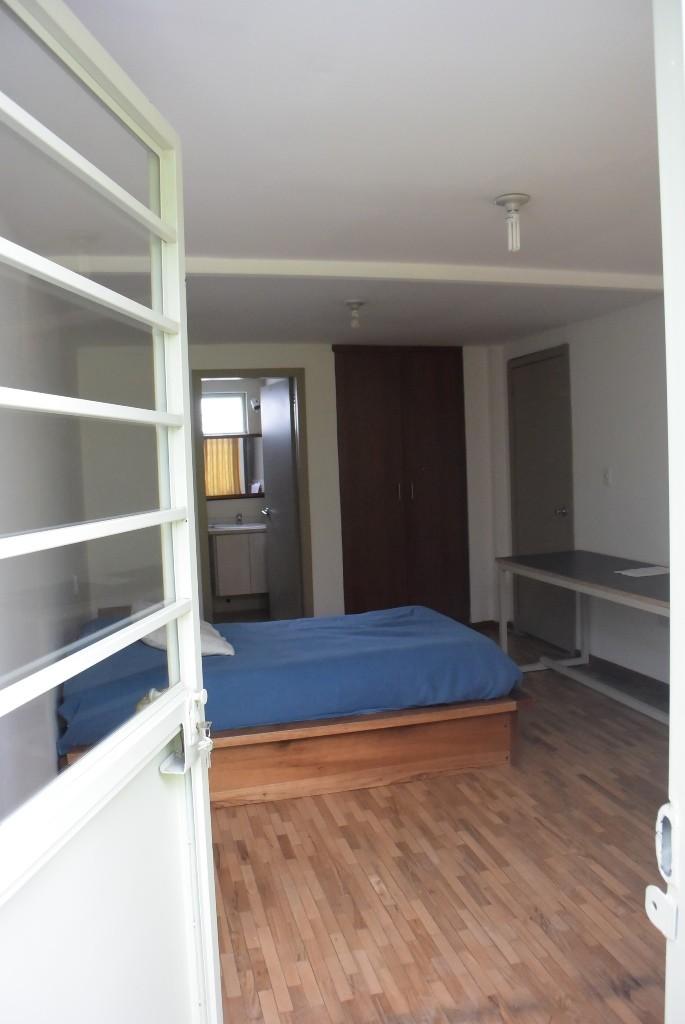 ALQUILO HABITACIONES RENT ROOMS  Alquiler estudios Quito