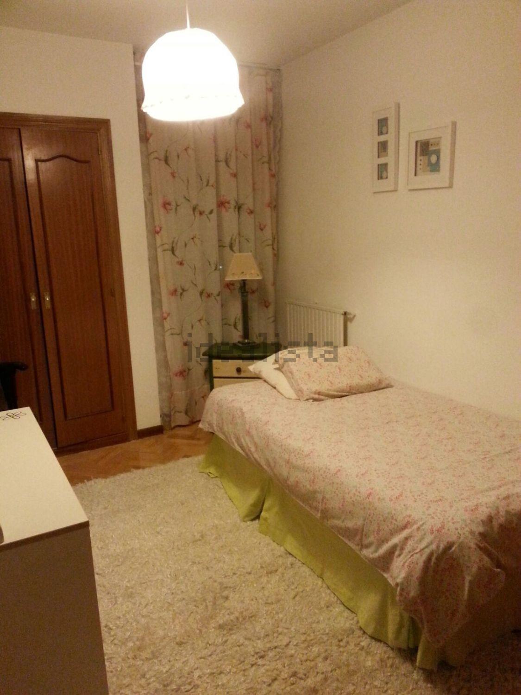 Alquilo habitacion tres cantos cerca de universidad autonoma alquiler habitaciones madrid - Alquiler habitaciones tres cantos ...