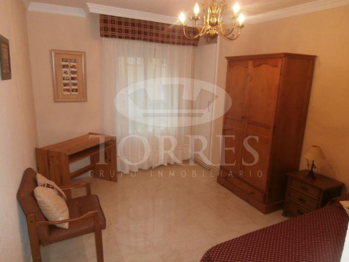 Alquilo piso 3 dormitorios en calle agustina de aragon paralela alhamar 570 alquiler pisos - Muebles aragon madrid ...