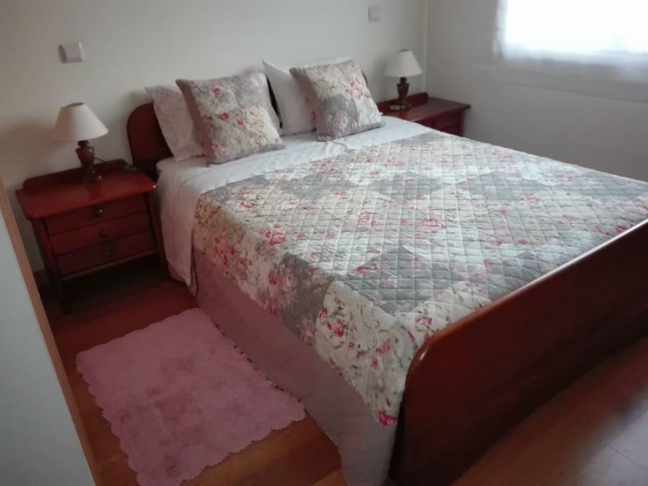 alugo-suite-apartamento-gaia-a-2-min-do-metro-fe8235d289c07974cf532a50220747c7