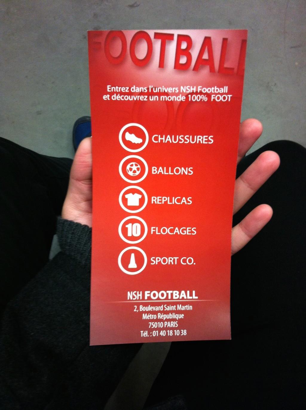 Amantes del fútbol en París Tienda 11e