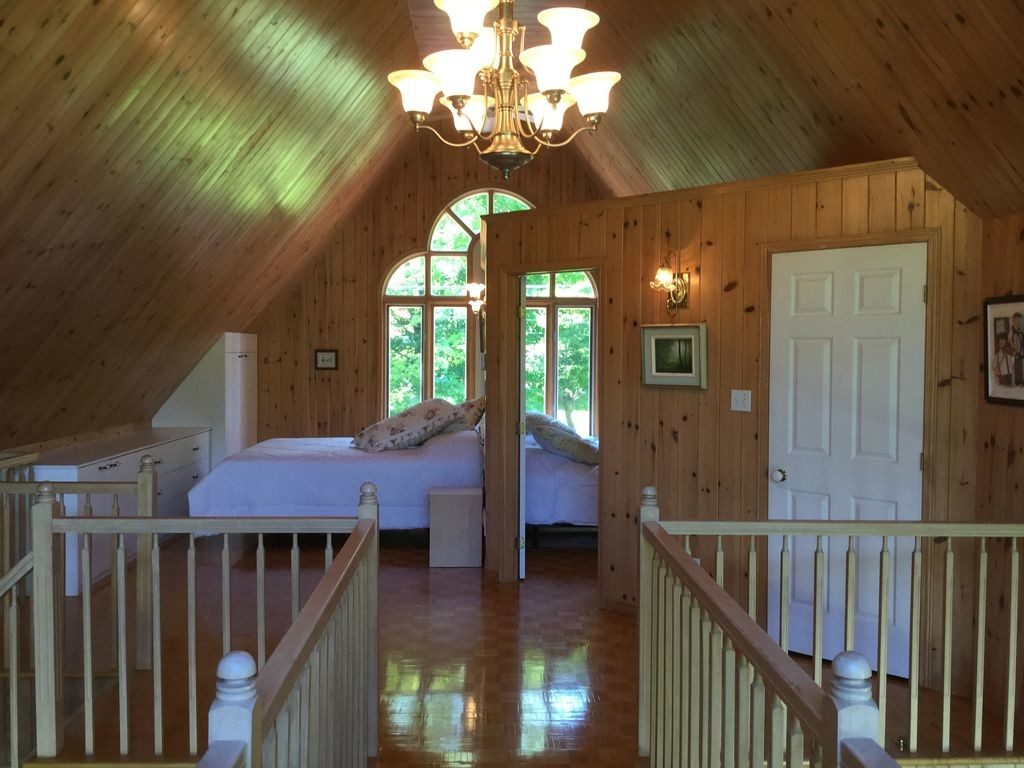 amazing-magnificent-home-nature-riverside-20-minutes-from-old-quebec-7ff717f5d9ee8281b895d89debe3014e