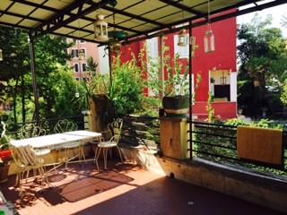 ampia singola letto 1 pz1/2 accesso privato a balcone e terrazzo ...